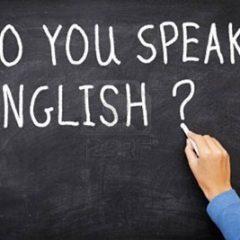 تدریس زبان در ایران خیلی عقب افتاده است