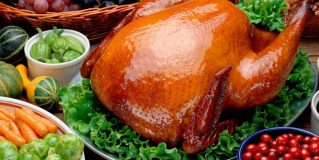 What are the differences among roasting and broiling?