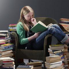چگونه با خواندن، انگليسي خود را تقويت كنيم؟