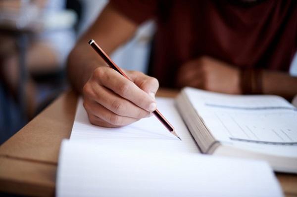 چه طور می توانید یک مقاله ی انگلیسی بنویسید